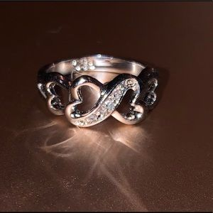 RS Covenant Ring Hearts Cubic Zirconium Stone